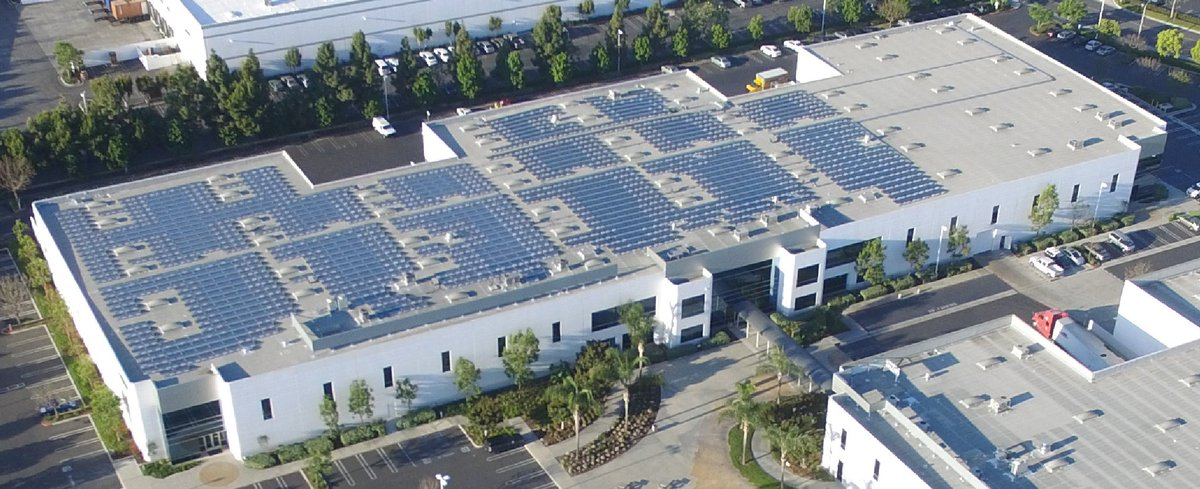 """In the """"well, that makes sense"""" category... Mitsubishi powers HQ with its own #solar panels https://t.co/5WjhkLoSzZ https://t.co/qPQNeiLYUp"""
