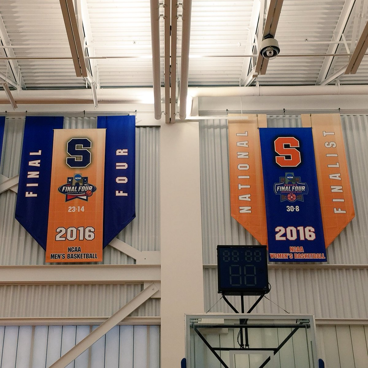 Syracuse Basketball On Twitter Two New Final Four Banners Added To