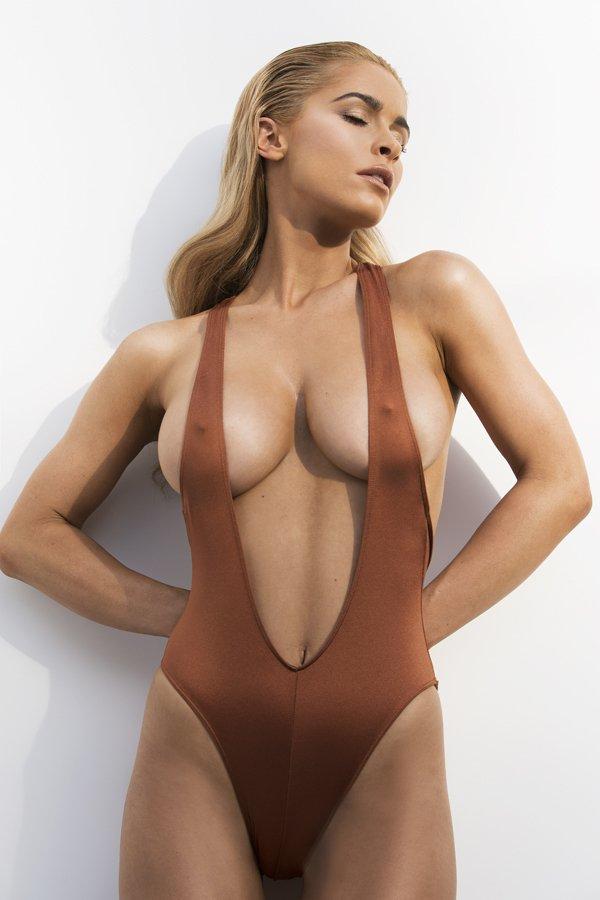 Playboy girls having sex naked