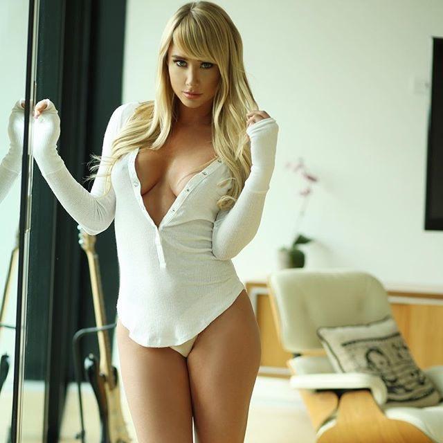 Sara Jean Underwood Beautiful