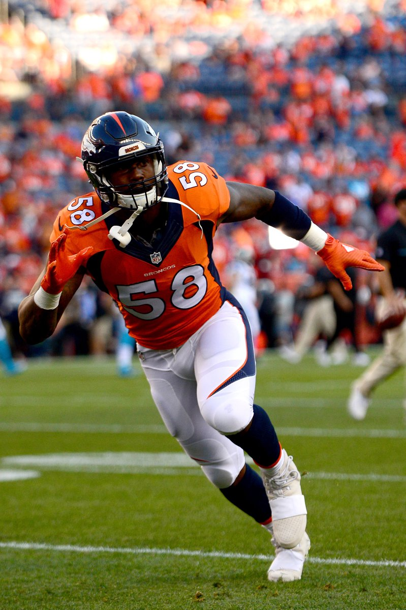 95dcdb26894 Von Miller actually played in this adidas Yeezy Boost 750 cleat ...