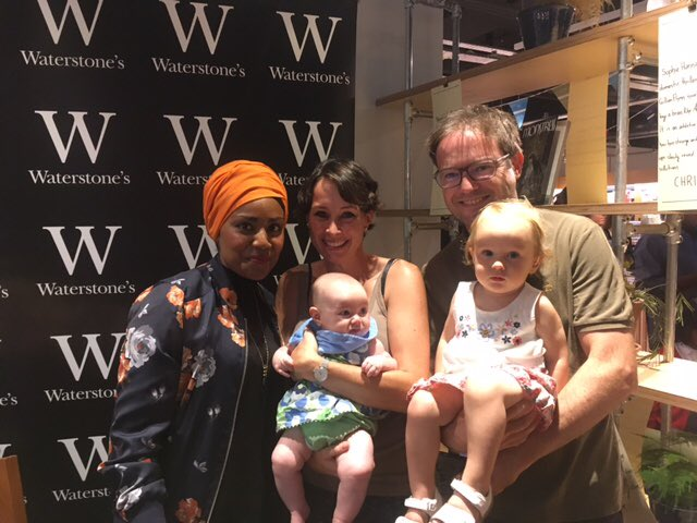 Aww! How cute are these baby bakers who've brought mum&dad to see @BegumNadiya at @WStonesPutney Enjoy #BakeMeAStory https://t.co/Vg3oGYNGUE