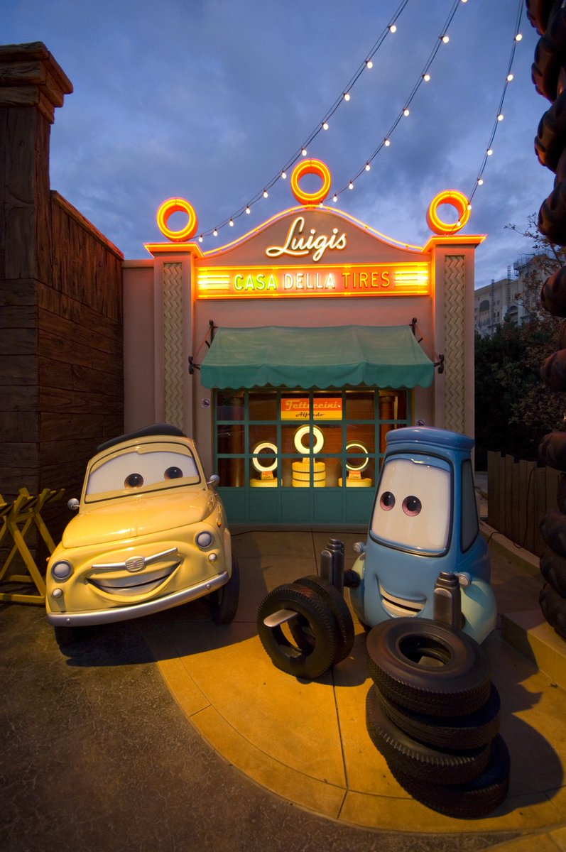 Disneyland Paris En On Twitter Full Speed Ahead For Radiator Springs Get Ready To Burn Some Rubber Down Route 66 Tgif