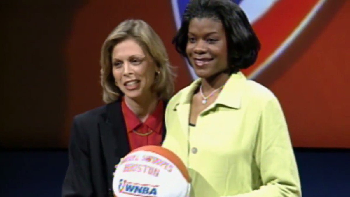Take a look back at @sswoopes22's HOF career as we celebrate this day in history, where she became the first athlete signed to the WNBA 📝 #WNBAVault