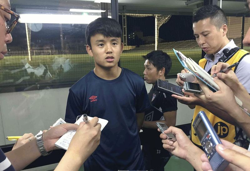 15-year-old Kubo breaks age barrier on pitch -  https://t.co/efZJXLoVlx #fcbarcelona #FC東京 #久保建英 #Jリーグ #NipponSports