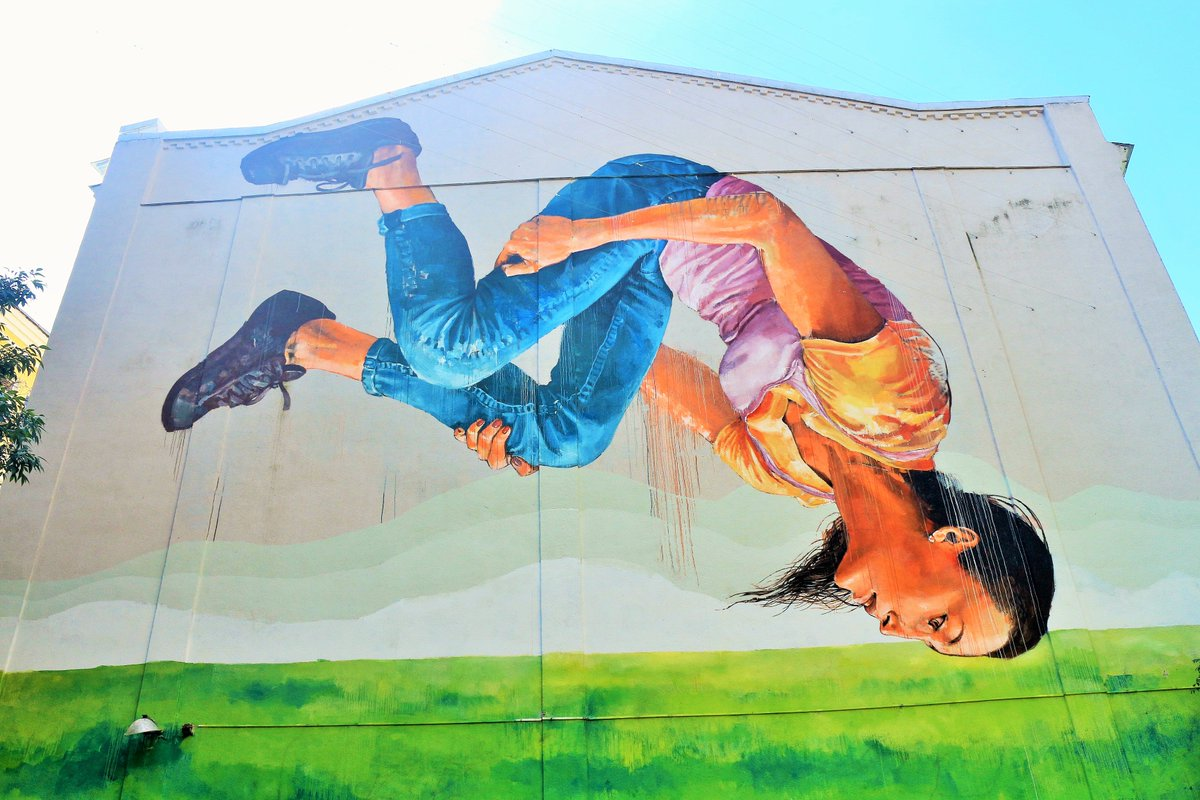 #Wandmalerei #Gymnastin Von Fintan Magee (2015) Andere #Fotos:  Http://goo.gl/HwmoZt #FintanMageepic.twitter.com/2kjRTiYOOI