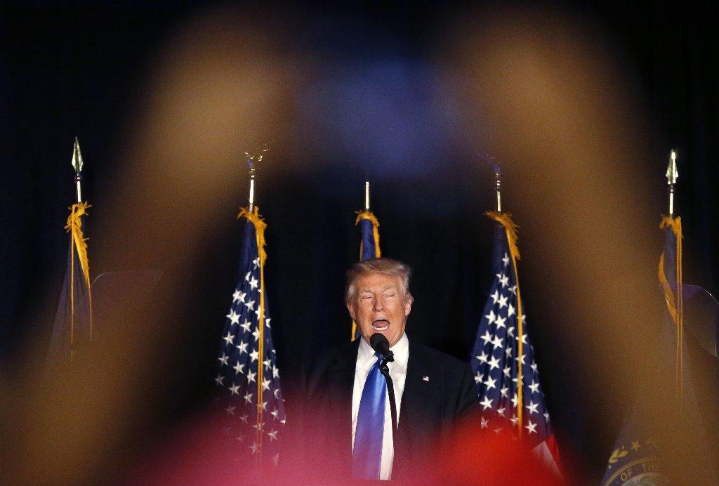 Obama's former campaign strategist calls Donald Trump a
