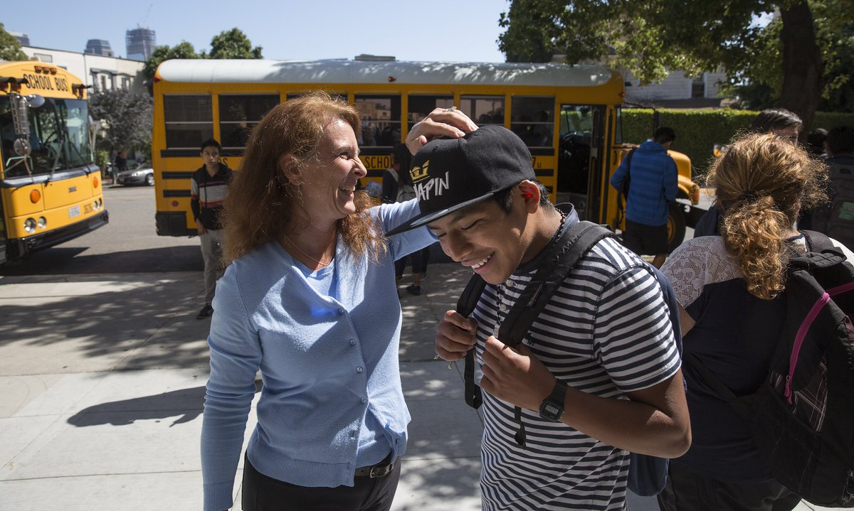 L.A. immigrant teen still takes bus after thousands in donations