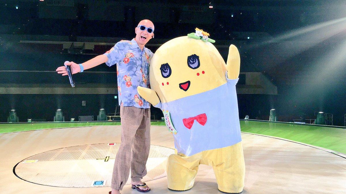 ふなちゃんアリガトウゴザイlove RT @funassyi サンプラザ中野くん大阪城ホールありがとう御座いましたなっしー♪素敵な時間を素敵な思い出を頂きましたなっしー またご一緒出来る事を願って梨汁ブシャー・;* @spnk https://t.co/QO40VFvY5F