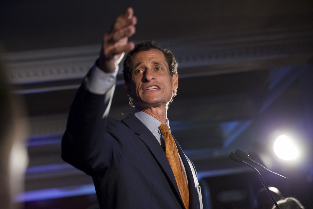 Anthony Weiner is back -- sexting with a Trump supporter