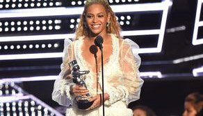 A @beyonce concert broke out at the VMAs!