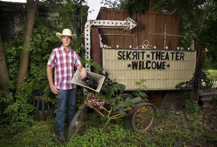 'Secret theater' in East Austin draws complaints from neighbors
