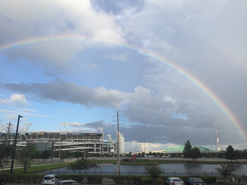 One more rainbow pic from downtown JAX. @FCN2go