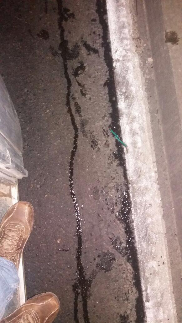 RT @verosalaberry Fotos accidente Camino Internacional ⚠️⚠️ combustible en la vía ⚠️⚠️ @sitiodelsuceso @55_david