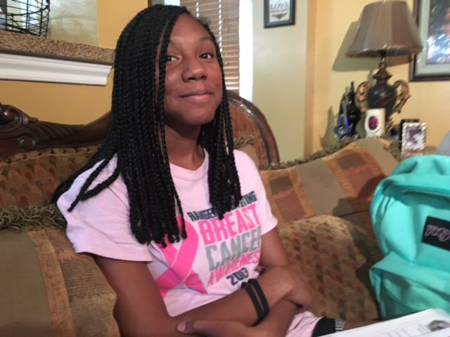 A local cheerleader says she's being mistreated over her hairstyle.