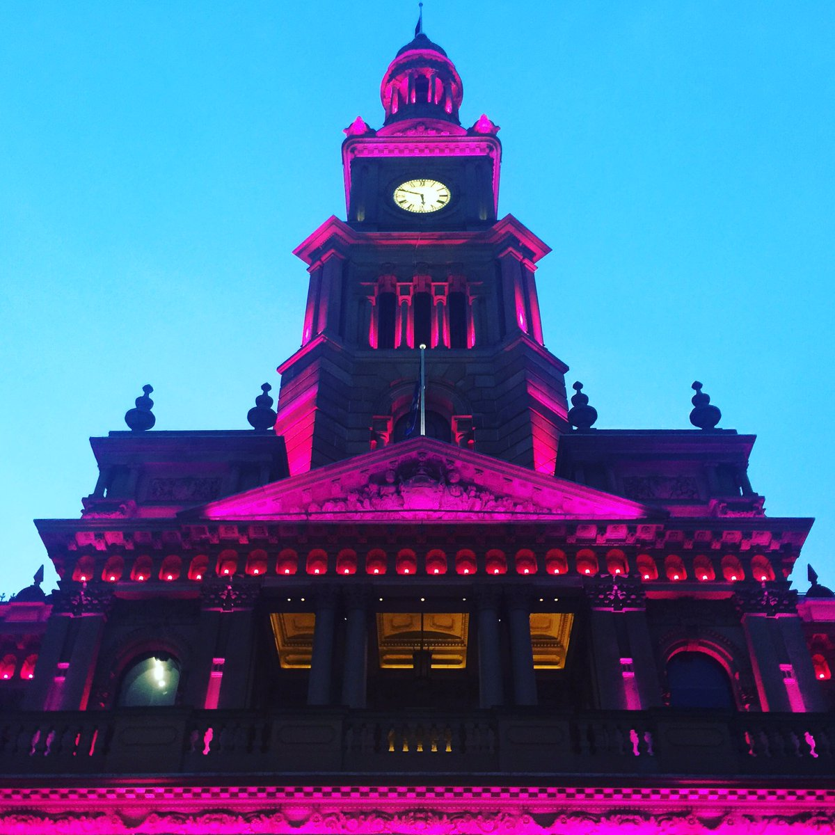 Thanks @cityofsydney for turning Town Hall pink to mark 2 days to the start of #SydneyFringe!