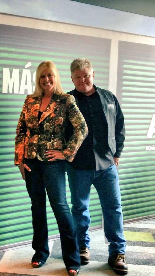 Media Tweets By Laura Dotson On A Amp E Paytheladylaura