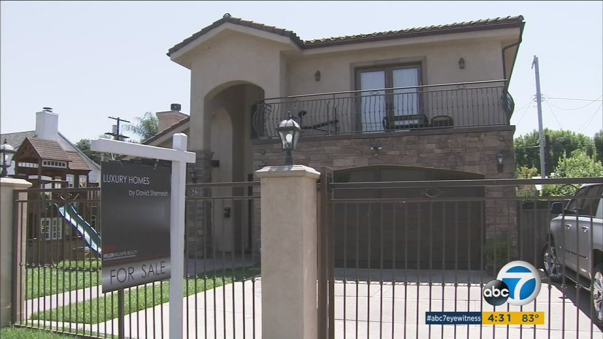 More than $150,000 in watches, jewelry stolen during Sherman Oaks open house