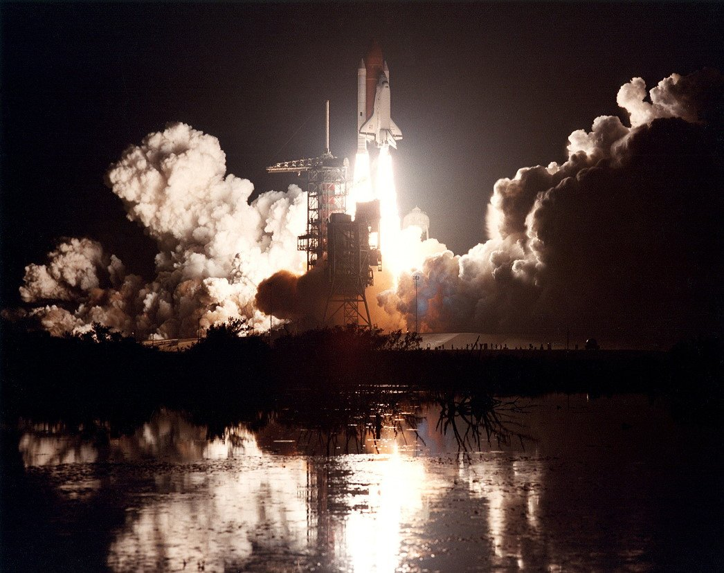 year space shuttle challenger first launched - photo #10