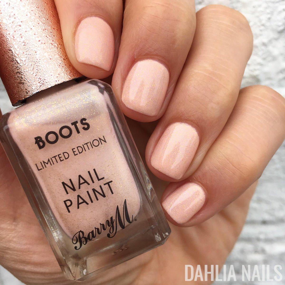Dahlia Nails Ravenclaw Nail Art: Dahlia Nails (@dahlia_nails)