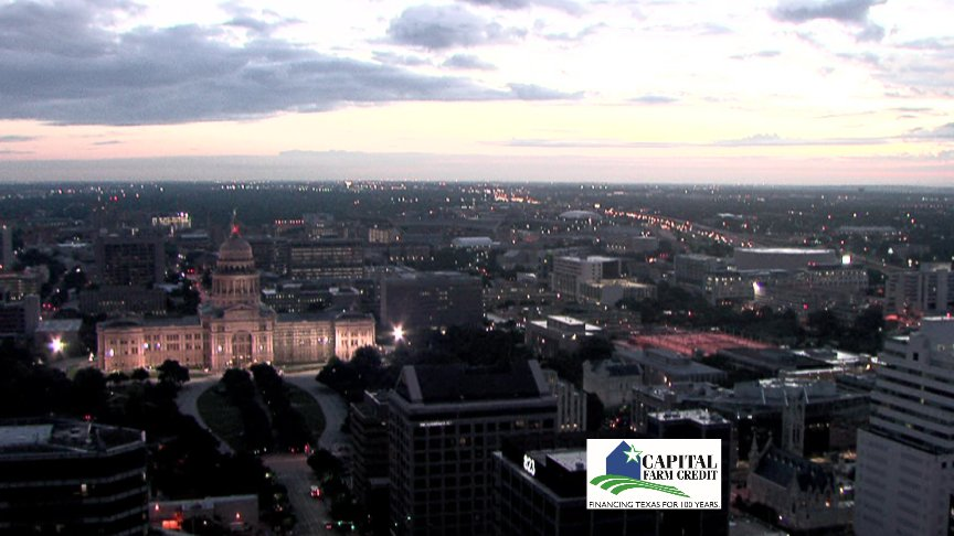 Rise and shine! The Texas Capitol is looking beautiful this morning. @KVUE atxwx