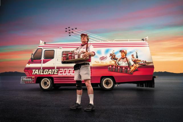 Larry Culpepper goes tailgating as @drpepper kicks off massive college football campaign https://t.co/PgaVRGynKJ https://t.co/H0W6wiORMu