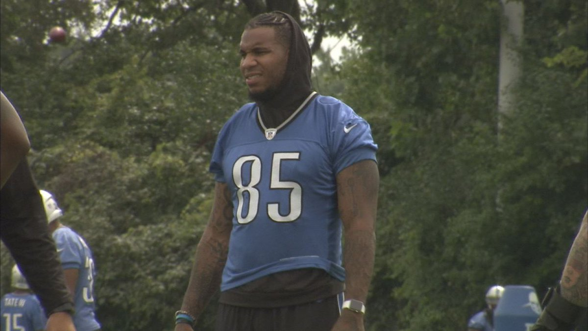 Lions Ebron at practice earlier today