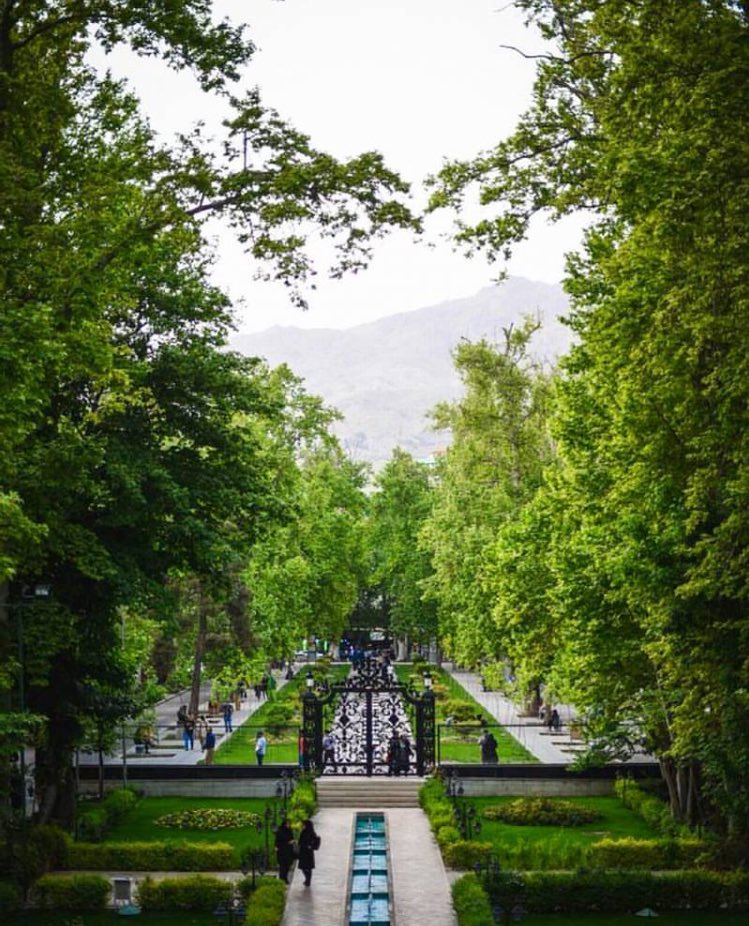 """If you want to view paradise, simply look around and view it."" ~Gene Wilder #RIP / Ferdows Garden in Tehran, Iran https://t.co/AhOCGmM3ag"
