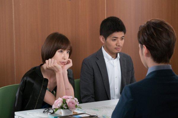 篠田麻里子、主演ドラマ『鷹からマリコ~野球も私 …