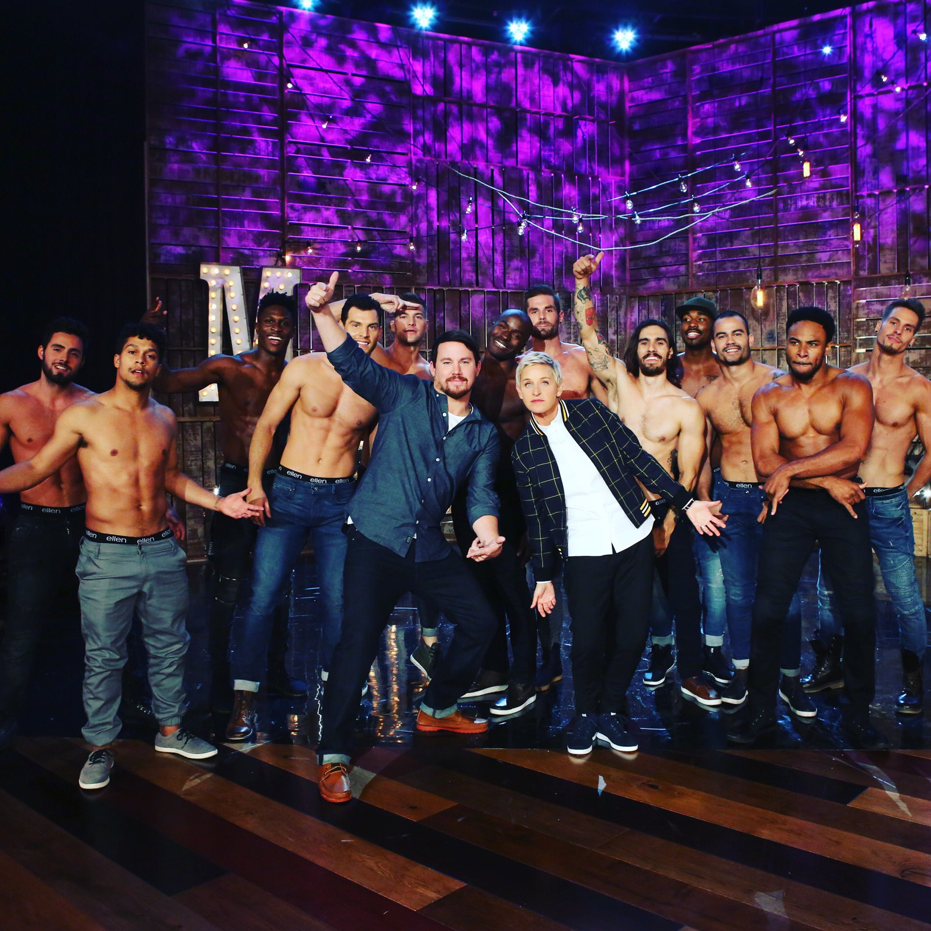 Thanks @TheEllenShow for making the uneaten carbs & rehearsals worth it. Sharing @magicmikelive w/ you all in 7days! https://t.co/3DDdvmCZHf