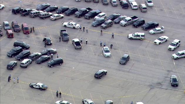 Gunfire erupts at Joliet mall; 1 injured