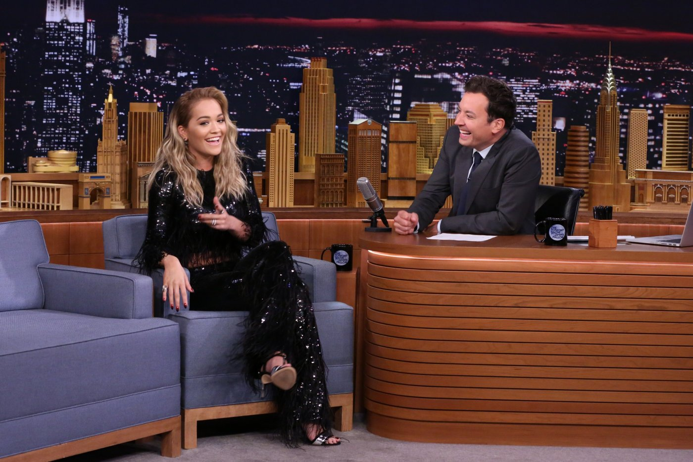 Don't forget to watch me tonight on @fallontonight it's Gonna be funny! As usual! @jimmyfallon thx for having me 🙌🏼💙 https://t.co/lRM1tHmyHl