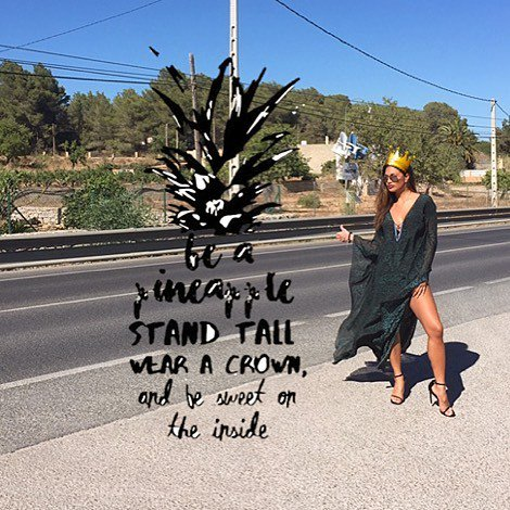 """""""Be a 🍍: stand tall, wear a 👑 and be 🍭 on the inside."""" #wisewords https://t.co/dAfh5HNHdB https://t.co/s9U5M5mjxX"""