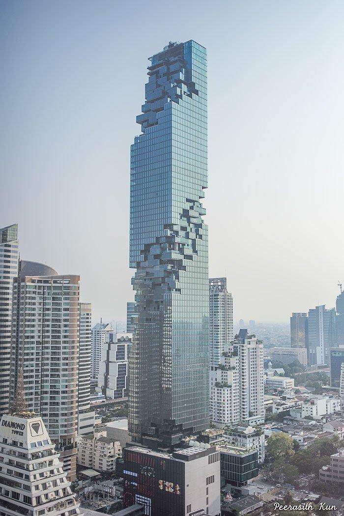 [デザインその他]タイで一番高いビルがオープンしたそうな。でこんなビル。[2016年8月31日]