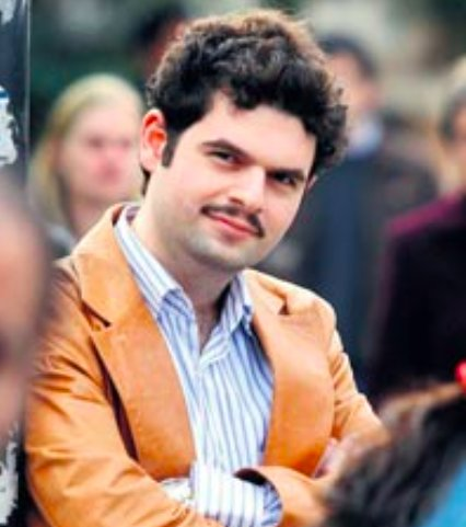 Can Bahadır Yüce, a poet, columnist & editor of book review supplement for a national daily, faces arrest in #Turkey https://t.co/gYXhT4gTLd