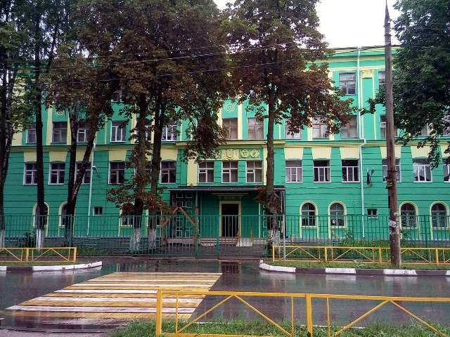 Завершен ремонт фасада школы №17
