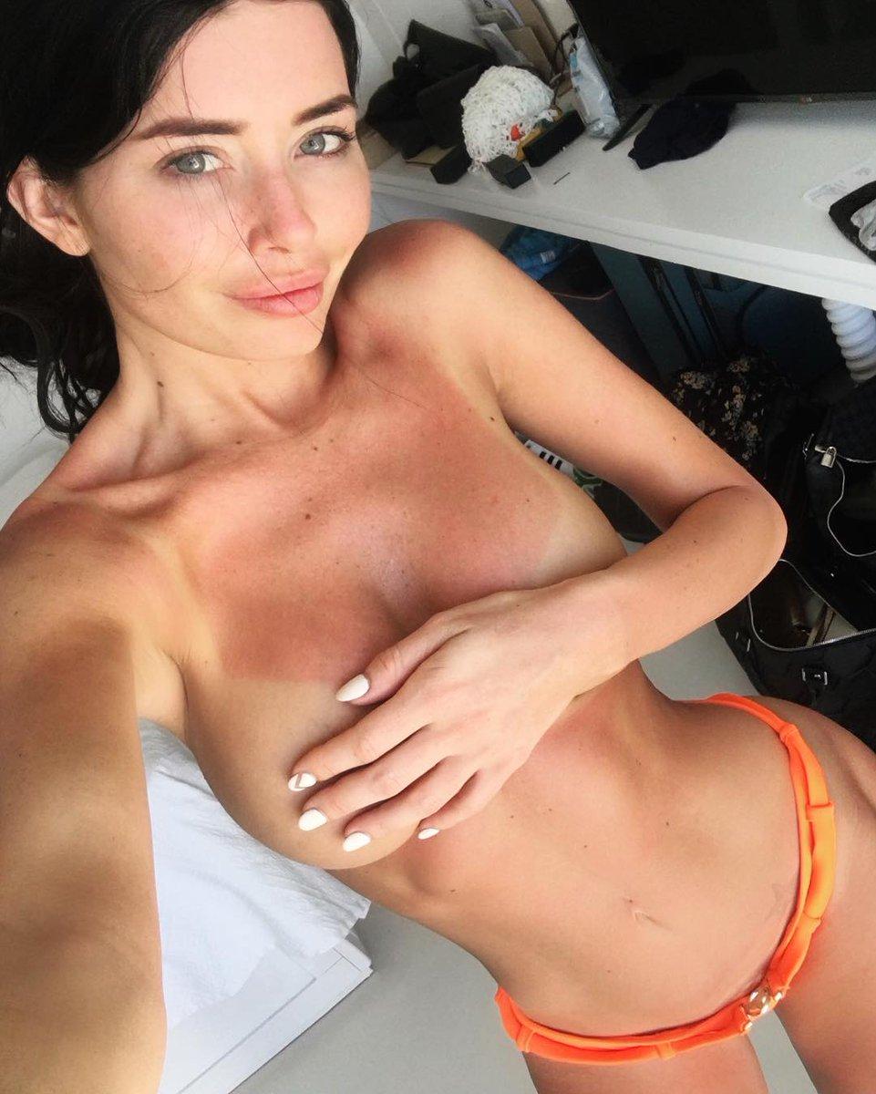 Nude Selfie 8135
