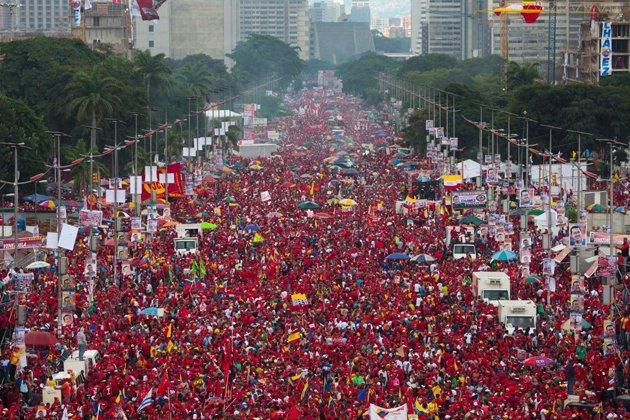 Fuerzas revolucionarias se movilizarán este jueves a la avenida Bolívar en defensa de la patria