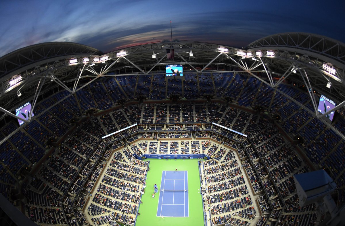 Suivez l'#USOpen en direct sur:  📺 Eurosport 1&2 💻 https://t.co/LFEbjeFQPt 📱 https://t.co/7qbNJch1A0 https://t.co/s26K5ft80n