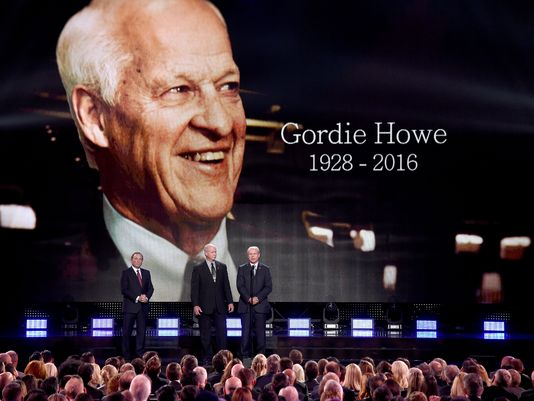 Howe's ashes to be interred in Saskatoon statue