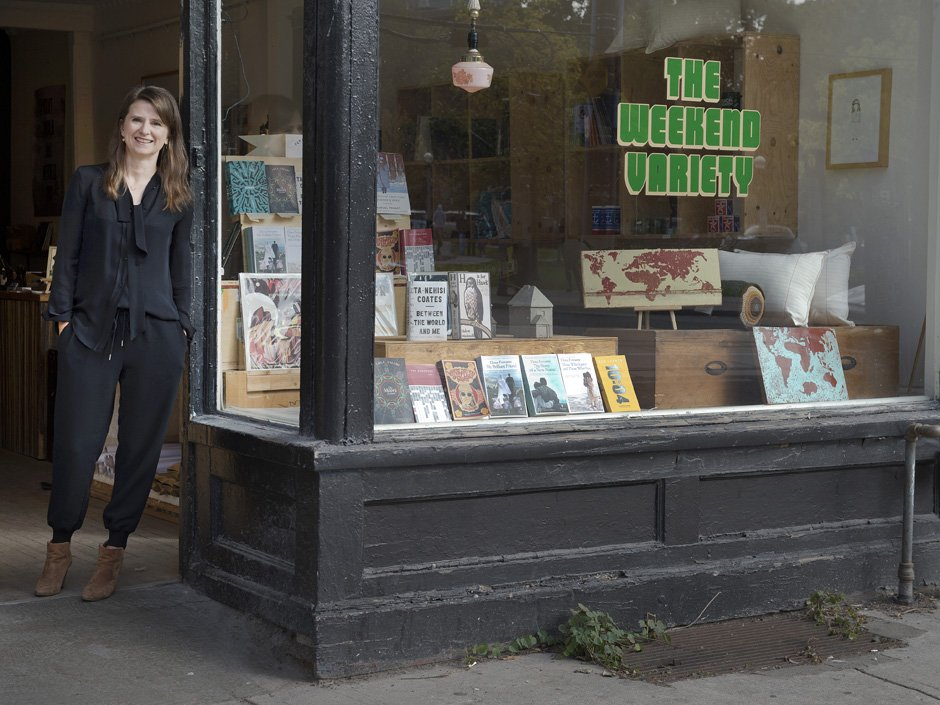 Flying Books, Toronto's smallest and most portable bookseller, nesting soon near you https://t.co/AedoNl3yIc https://t.co/UK6tF1ACvf