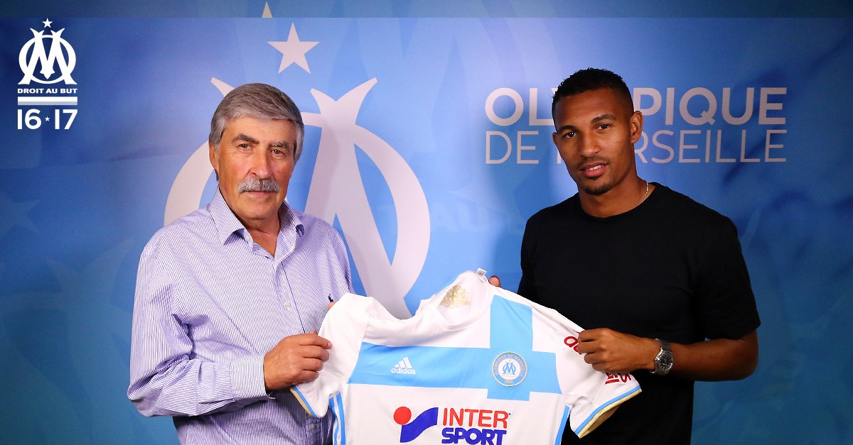 Bienvenue à l'OM @WillVainqueur !  #Mercato ✏️  https://t.co/4qnjmLUXPv