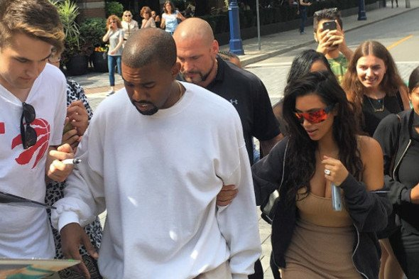 @KimKardashian and @kanyewest caused chaos in Yorkville today