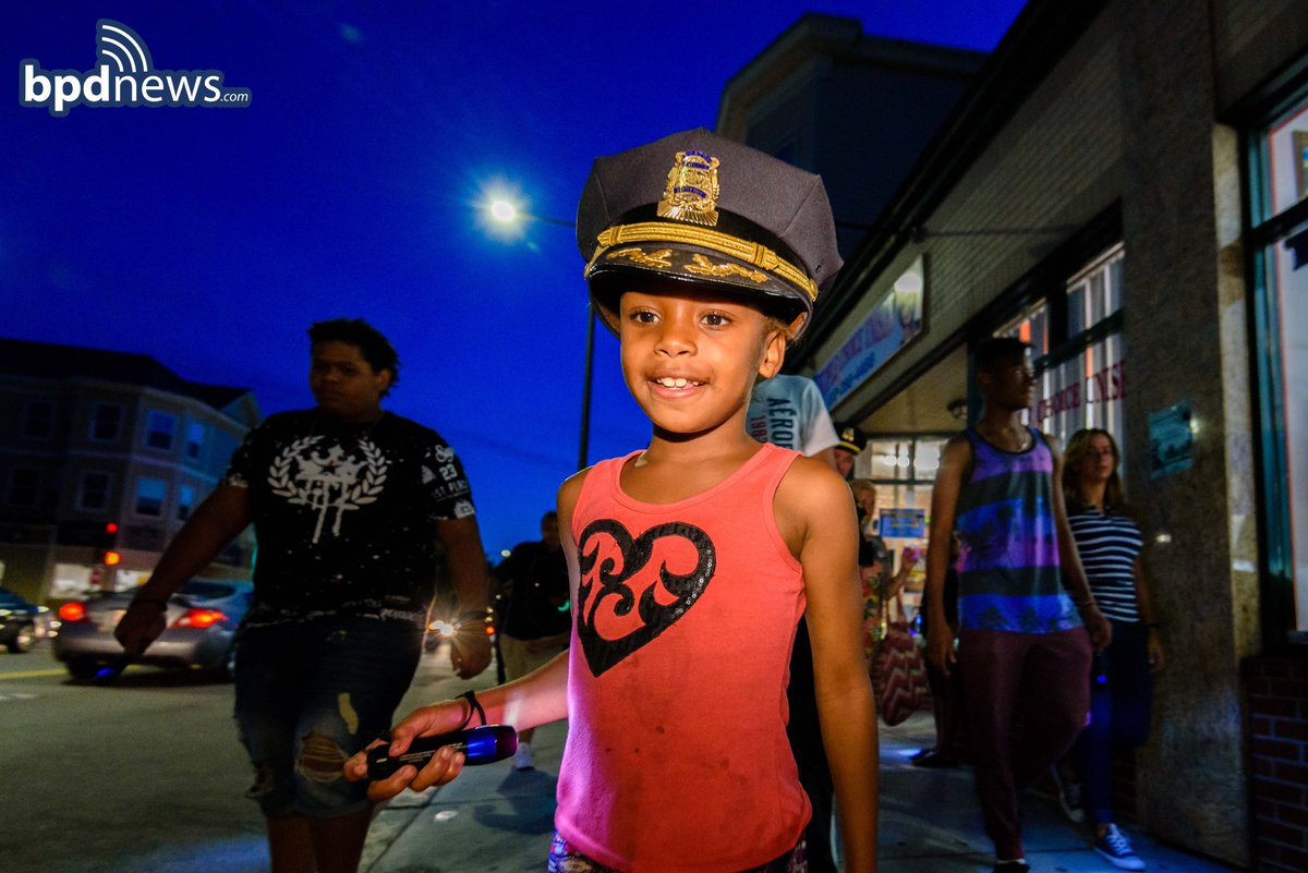 Our hats are off to everybody - especially the kids - who participated in last night's FlashlightWalk in Dot!!!