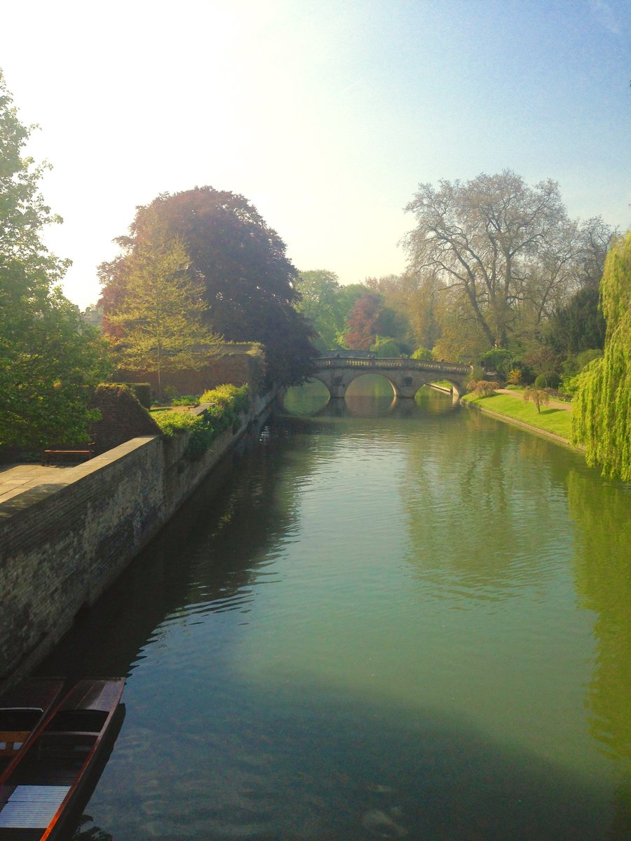 Morning from a sunny Cambridge. Beautiful way to start September. Hope it is a wonderful month for us all... https://t.co/rCbMx8JHxu