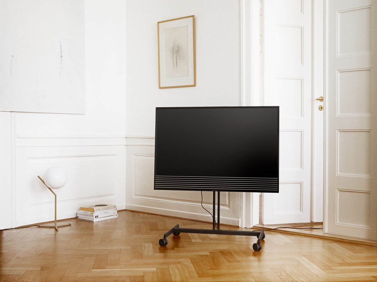 bang olufsen beovision horizon hands on review gearopen. Black Bedroom Furniture Sets. Home Design Ideas