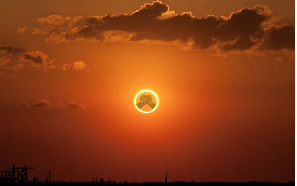 .@TeamUhuru observing #solareclipse as @JubileePamoja zooms in #tukopamoja https://t.co/GWgMLU1V2B