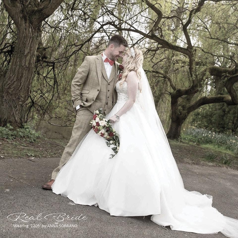 "Real Brides Wed2b: WED2B On Twitter: ""Stunning Real Bride Sarah Wearing '1205"