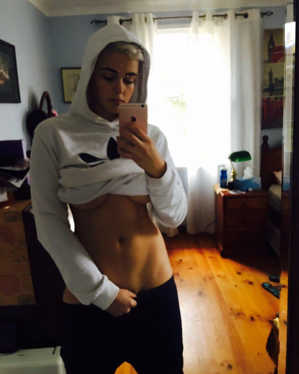 Twitter Stefania Ferrario nudes (47 photo), Tits, Hot, Selfie, bra 2018