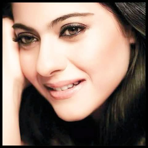 Whatever happens we all will always support, I'm very proud to have an idol like you @KajolAtUN .. #lovekajol pic.twitter.com/brmuOX2i0l